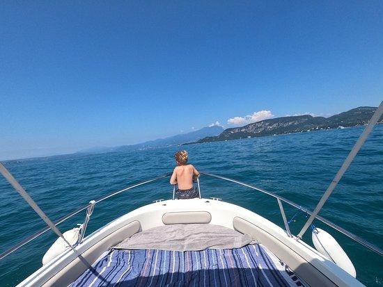 Sirmio Rent Boat