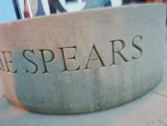 Willy Spears Statue