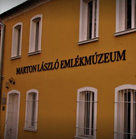 Marton Laszlo Studio Gallery