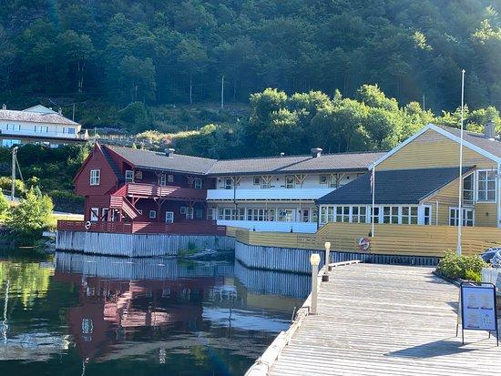 Leirvik Photo