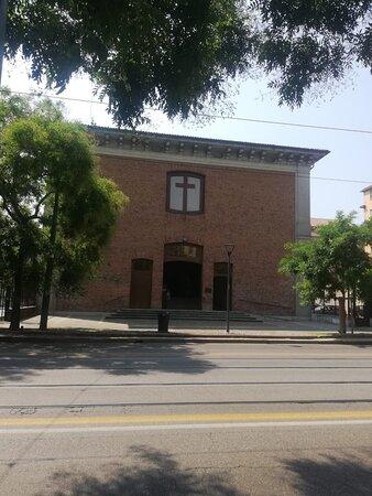 la Pia Casa della Senavra, nelle fondamenta dell'attuale chiesa del Preziosissimo sangue di Gesù, a Milano, in corso XXII Marzo 50