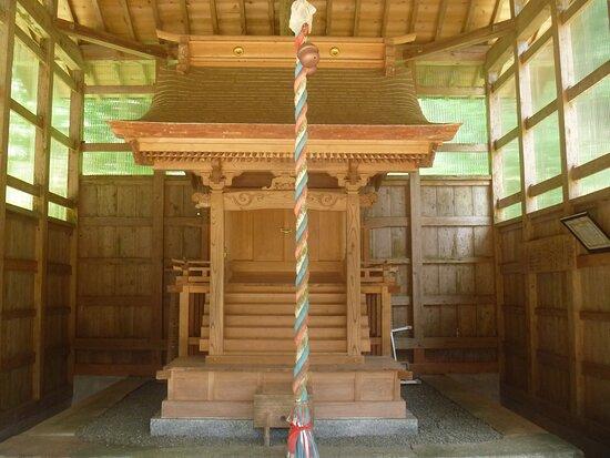 社殿内の祠