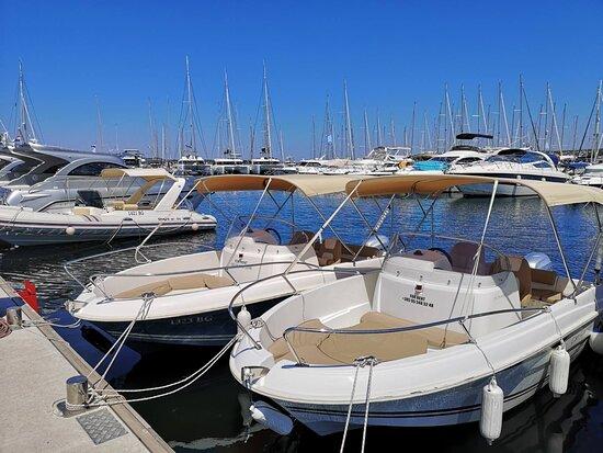 Rent A Boat Biograd Mono