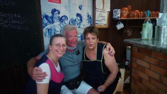 Vilarinho, Portugal: Chefin und Bedienung