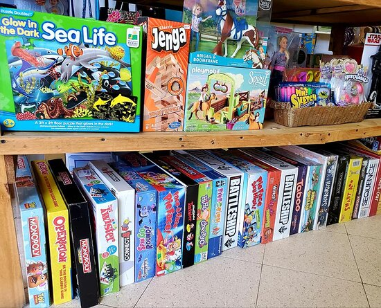 Board games & Toys