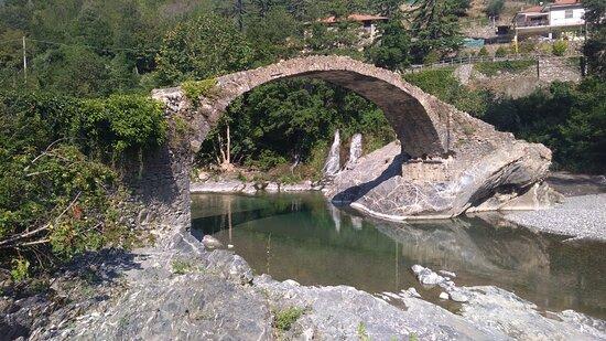 dintorni (Borghetto d'Arroscia)