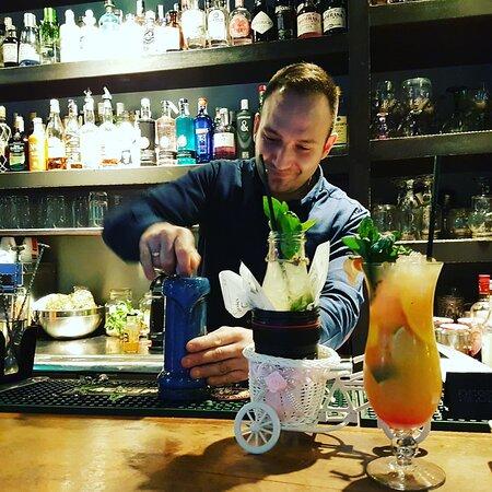 Sambhad cocktail bar
