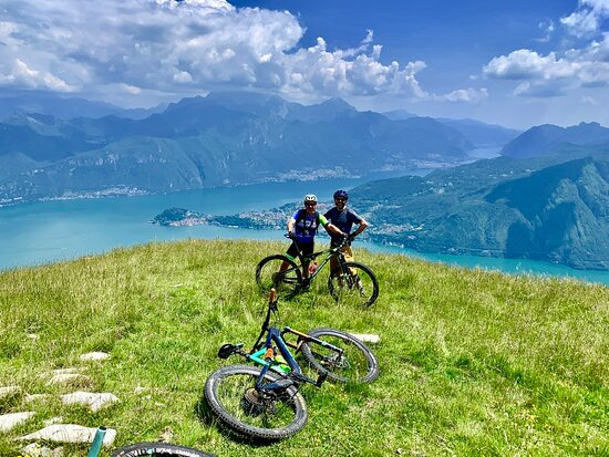 Cernobbio, Italia: Mountain Bike & Road Cycling in Lake Como