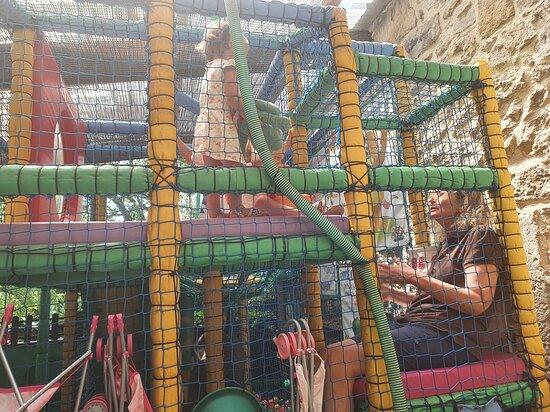Octon, Frankrike: Monkeytown op de kidsclub