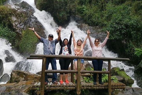 Tour privato della cascata El Retiro di un'intera giornata con cibo