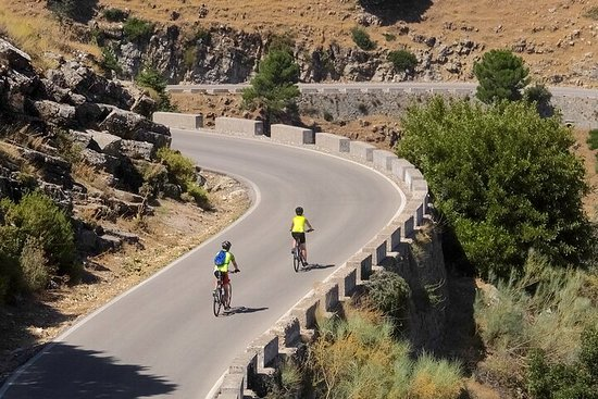 Self Guided Cycling Tour - White Villages (High Road) - Challenging...