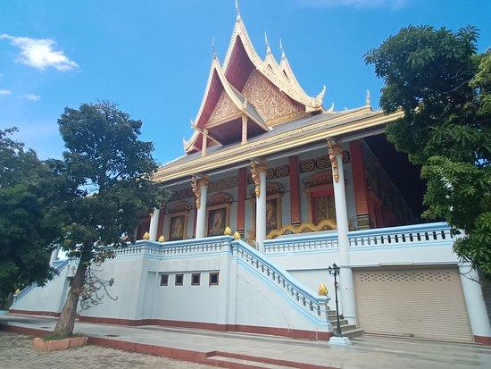 Wat Burapa Temple
