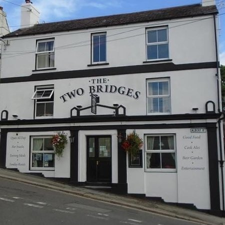 Two Bridges Inn
