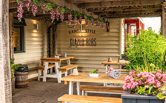 Image Hickory's Smokehouse Burton Green in West Midlands