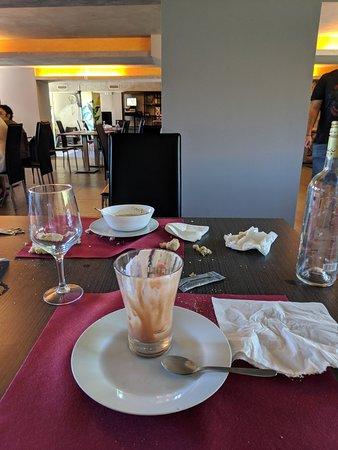 imagen Punta Lucero bar lounge en Zierbena