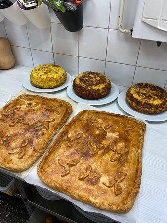 Cafeteria Oleas: Preparando catering