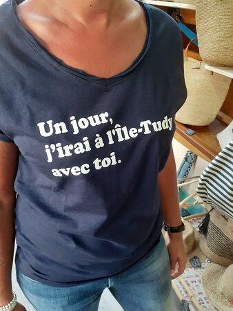 Un grand choix de tee-shirts pour les fans de l'île-Tudy. Du textile bio, création française, Nantes.