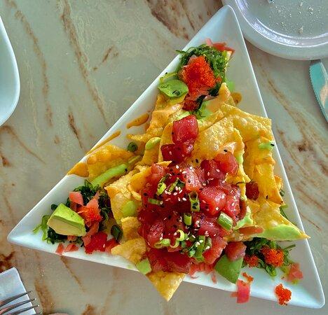 Tuna Nachos on Light airy Wonton Crisps w/avocado & seaweed salad