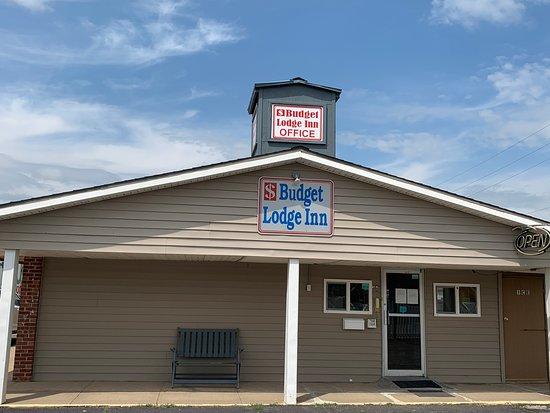 2 Queen Beds Room - Picture of Budget Lodge Inn, Abilene - Tripadvisor