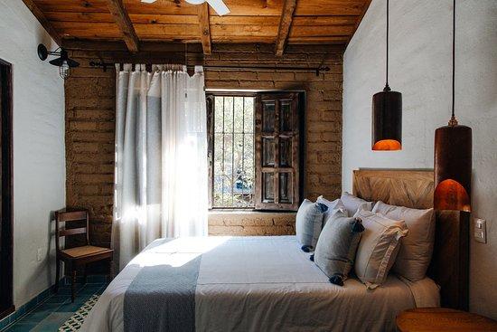 Talpa de Allende, México: Descansa en una de nuestras cómodas habitaciones