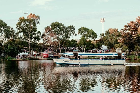 Torrens River Cruise in Adelaide