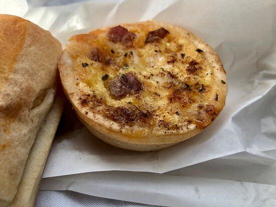 Wattle Grove, Australia: Le Bon Bakehouse
