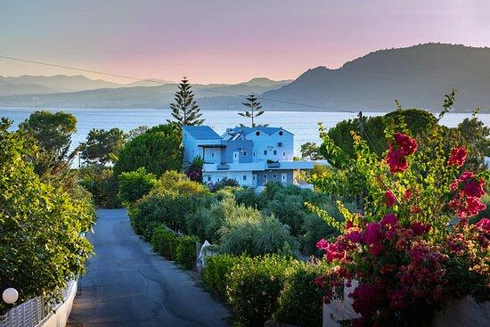 George Beach Studios & Villas