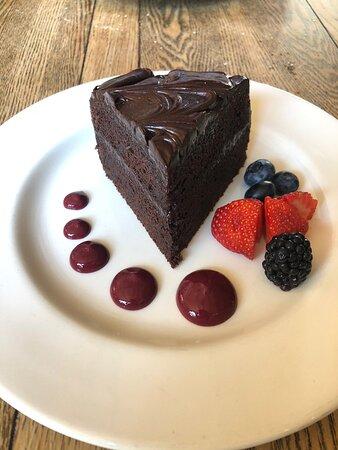 Homemade chocolate fudge cake.... amazing !