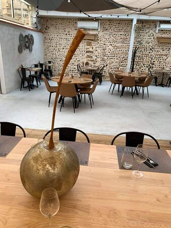 Riscle, França: patio