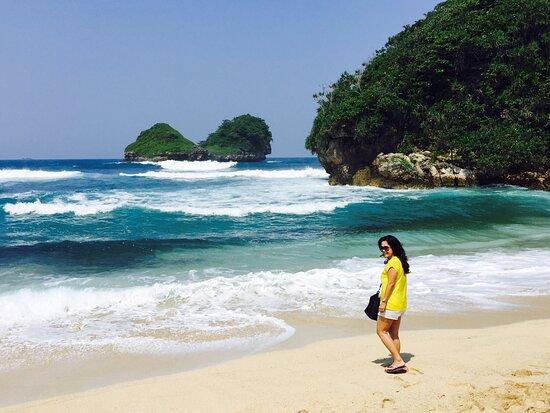 Goa Cina Beach Malang 2020 All You Need To Know Before You Go With Photos Tripadvisor
