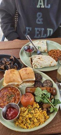 Vegan Sausage Naan The Vegan Bombay Breakfast Grilled Mushrooms Picture Of Dishoom Birmingham Tripadvisor