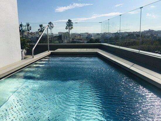 Hotel Kivir, hoteles en Sevilla