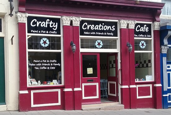 ‪Crafty Creations Cafe‬