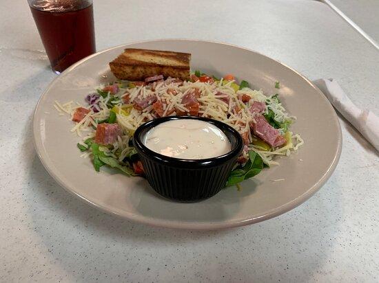 Marysville, KS: Chef Salad