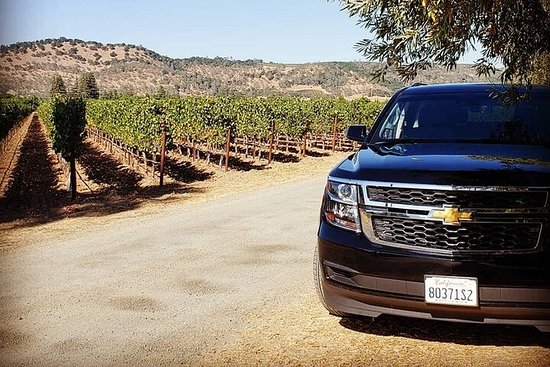 Custom 8-Hour Napa Valley Wine Tour in...