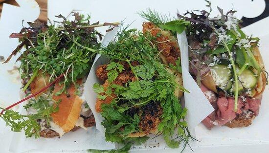 Hønsesalat, Kartoffelmad og Roastbeef