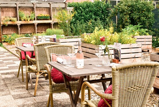 Bosschenhoofd, Hollandia: Terrace and kitchen garden