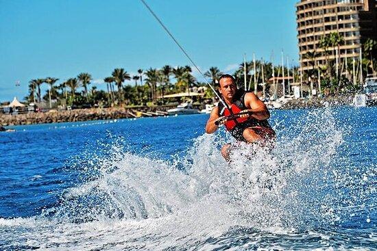 Wakeboarding i Anfi del Mar