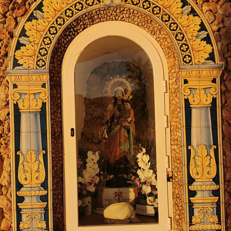 Santuario De La Virgen Del Carmen.