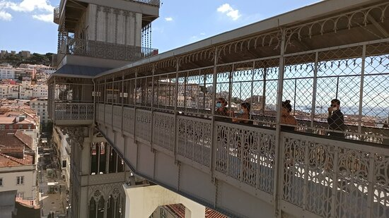 Lisbon Essential Walking Tour: History, Stories and Lifestyle Resmi