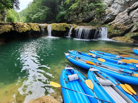Valokuva: Kayaking Mreznica Canyon
