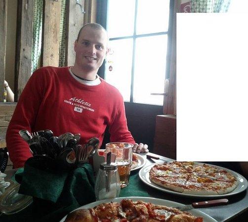 Toms Hutte Restaurant restauracia Tomova chata Skigebiet Spital am Semmering
