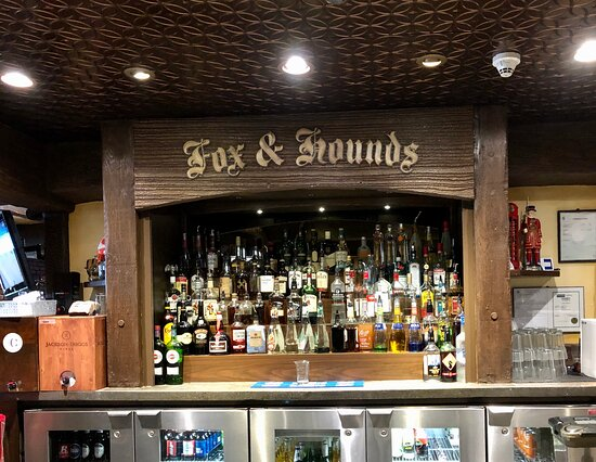 Fox & Hounds Pub and Restaurant