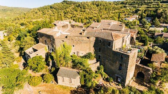 Saint-Pierre-des-Champs, Francia: Le Château médiéval vu du ciel