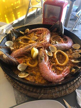 Leziz Paella ve Mükemmel Manzara!!