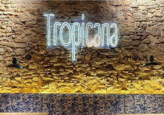TROPICANA (466072128)