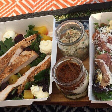 Delightful picnic!
