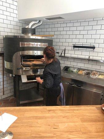Lovestad, Thụy Điển: Goda rustika pizzor in the making :-)