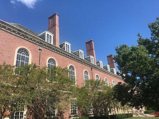 Main Library at University of Illinois