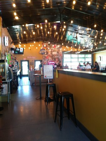 Courtland, มินนิโซตา: Inside the bar